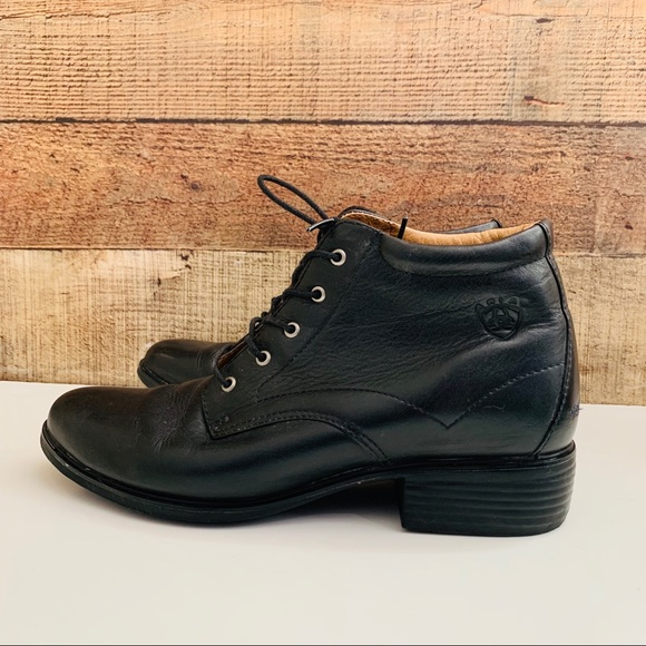 Ariat Shoes - Ariat laced leather boots